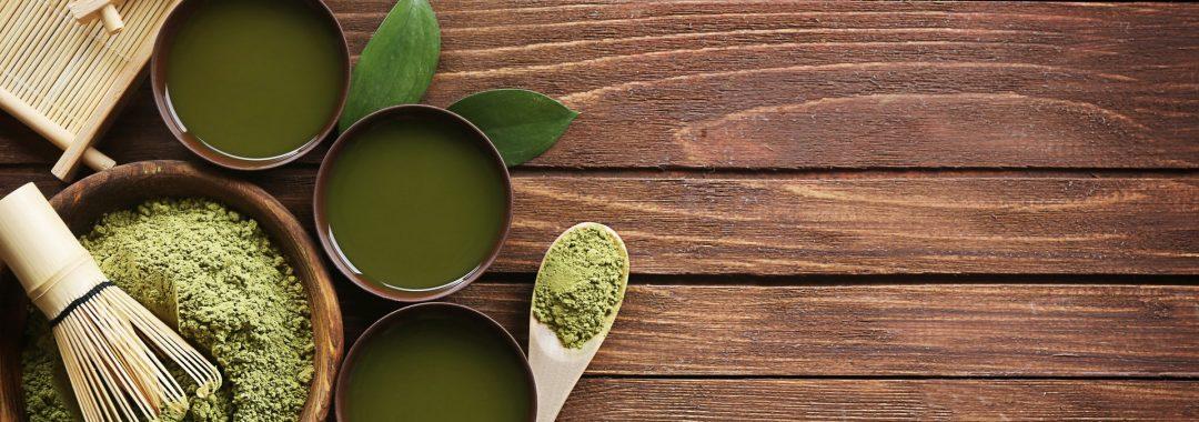 Darstellung grüner Tee für die Benutzung natürliche Inhaltsstoff als nachhaltiger Friseur