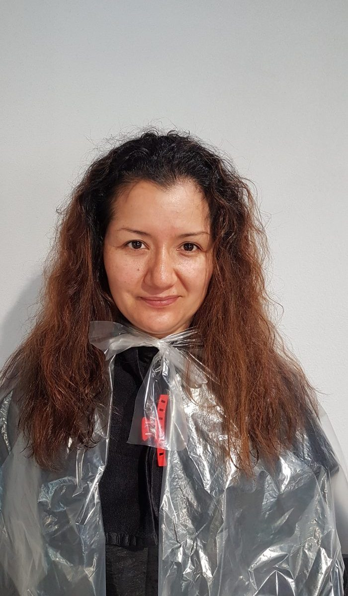 Kundenbeispiel vor der Keratin Haarglättung